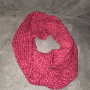 Maroon infinity scarf